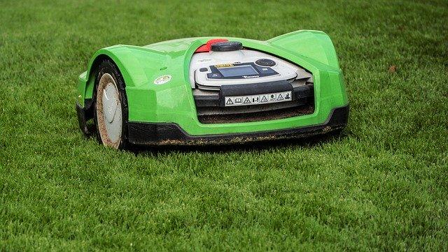 lawn-mower-2914172_640